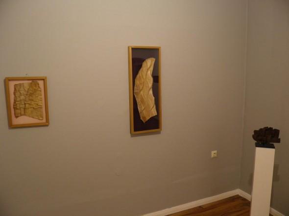 Ondes  Grande feuille de bananier plissé - 1986   Motif ailé  Petite feuille de bananier plissé - 1986  folded banana leaves