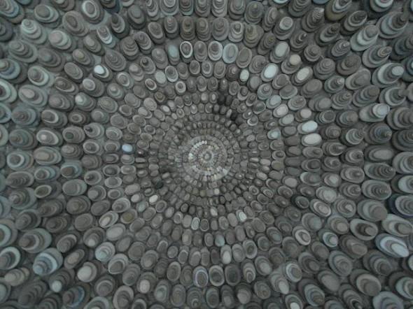 Mary Bauermeister Detail: Steinspirale