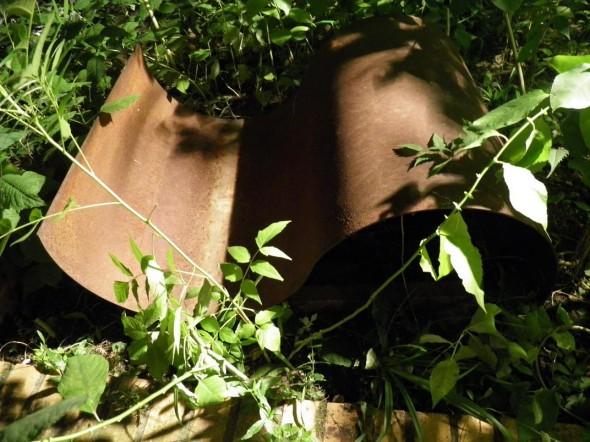 Clement Borderie Sinuzoîde Malmaschine  Eisen & Leinwand, 120*60cm, 2004